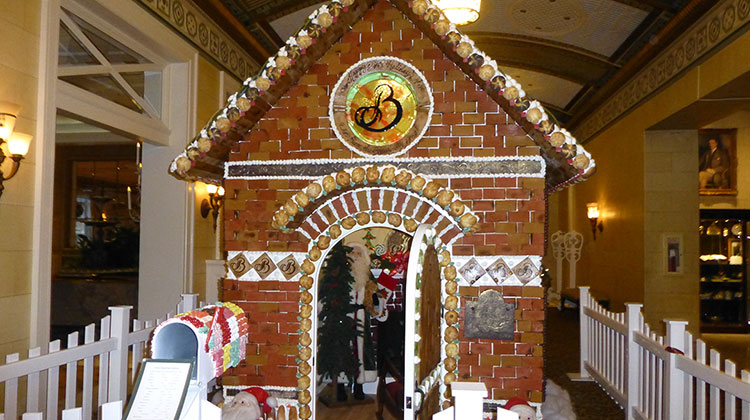 Broadmoor resort gingerbread house