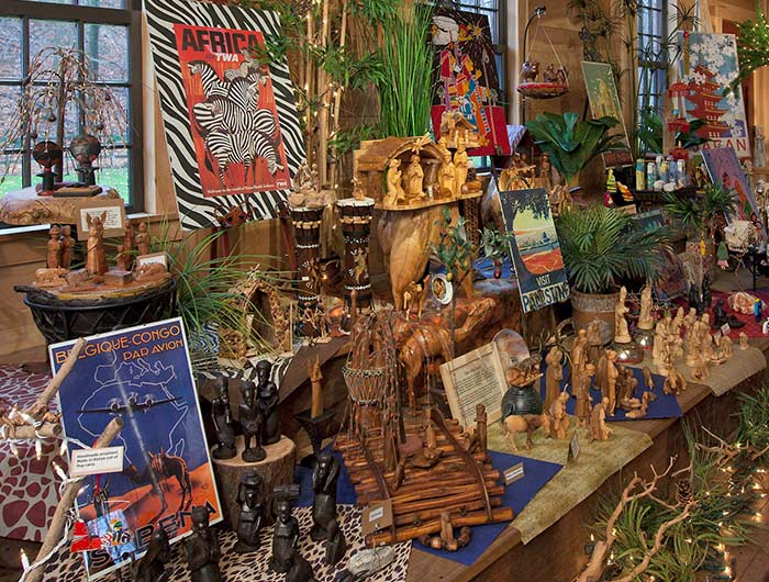 Kirtland exhibit of Nativities from many cultures