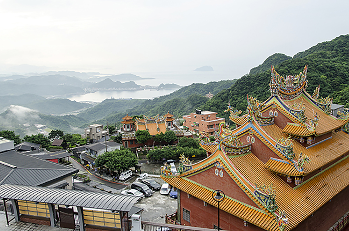 Taiwan's Temples and Its Pantheon