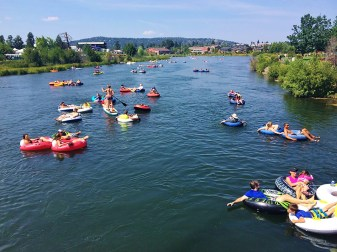Floating Deschutes River. Photo Credit: Barb Gonzalez