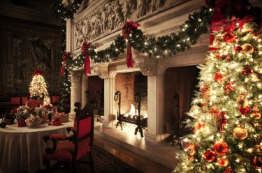 Fireplaces in the Banquet Hall. Photo credit: The Biltmore Company.