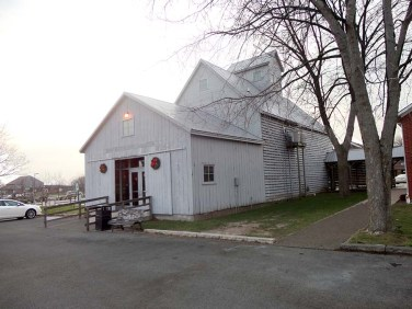 Amana Visitors Center - which is in part a restored corn crib. Photo Credit: Cindy Ladage