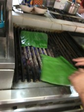 El Arrayán cooking class preparing the banana leaves for tamales