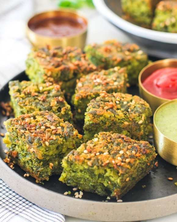 Kothimbir Wadi: Street food of Mumbai