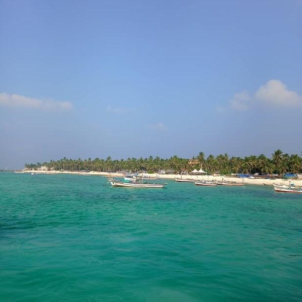 Kavarati Islands