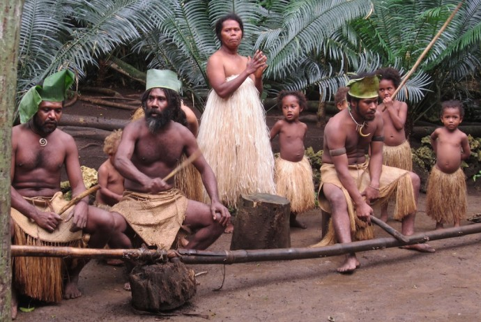 Resultado de imagen de Vanuatu está compuesto por doce islas grandes