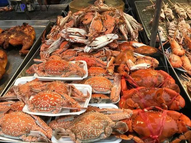 Amazing Thai street seafood