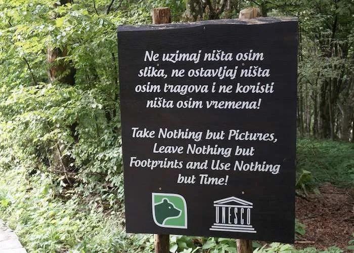 Plitvice lakes entrance sign