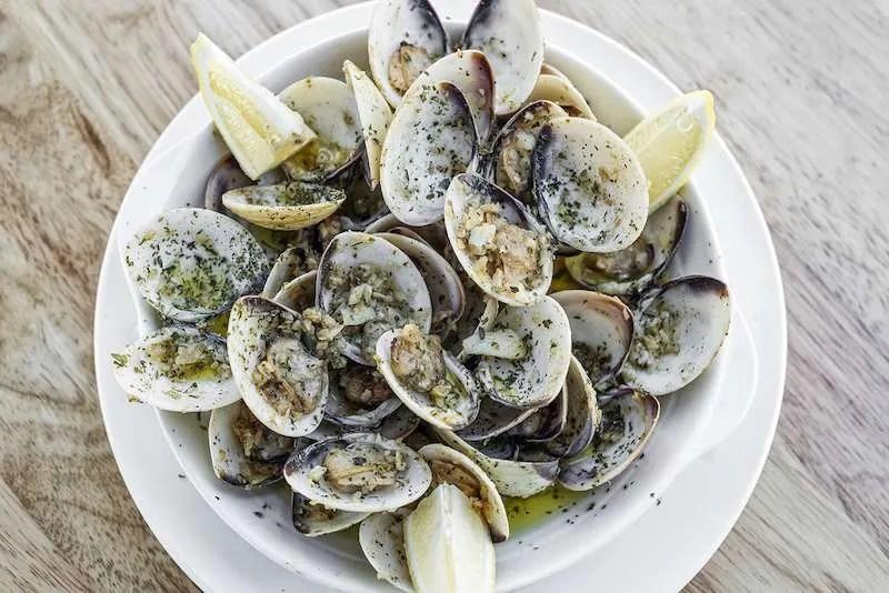 Amêijoas à Bulhão Pato Portuguese dish
