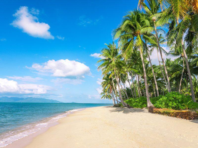 White sand beach on Koh Samui