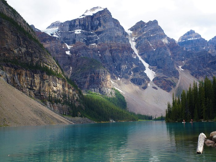 Traces-de-voyages-Lake-Moraine-Alberta-CANADA