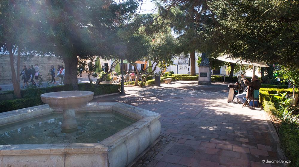 Voyager en solo en Espagne - Visiter les belles rues de Ronda en Andalousie
