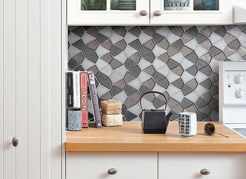glamorous tile from recycled glass