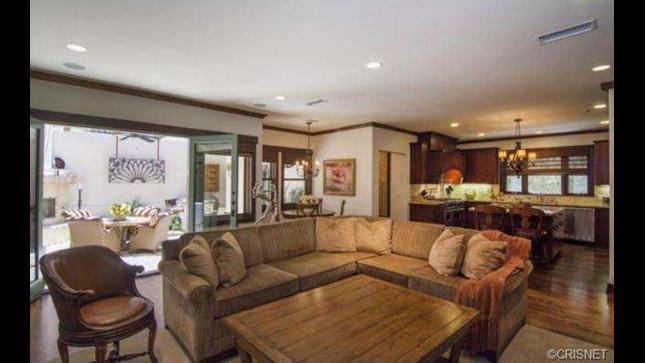 Hot Property Loni Anderson LA Times