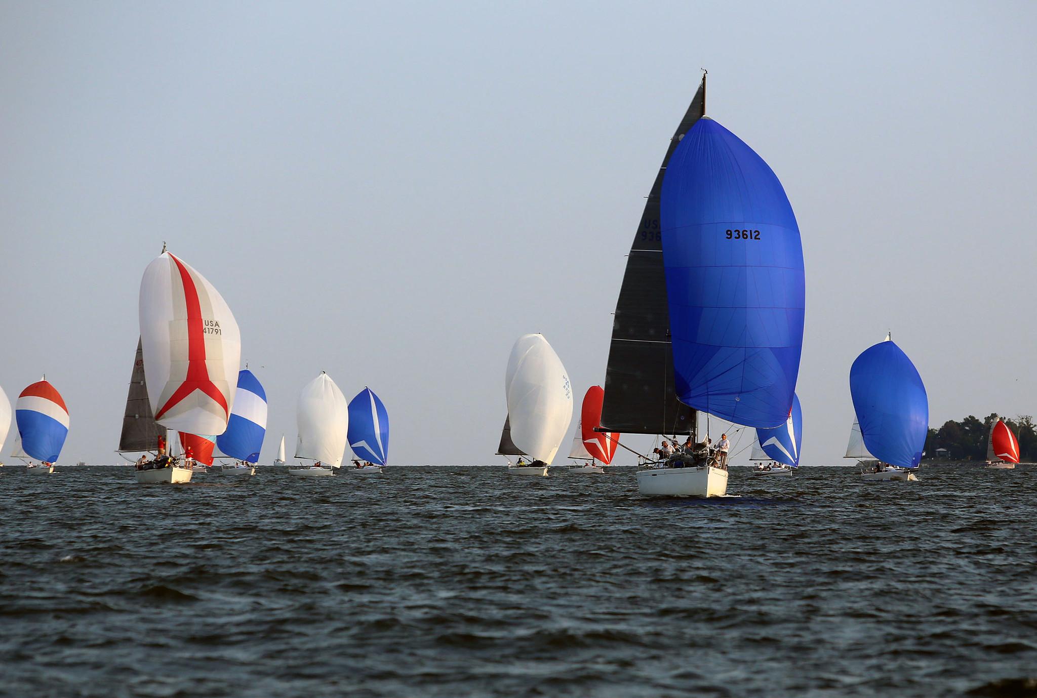 Annapolis Sailing Races Draws Wednesday Night Spectators