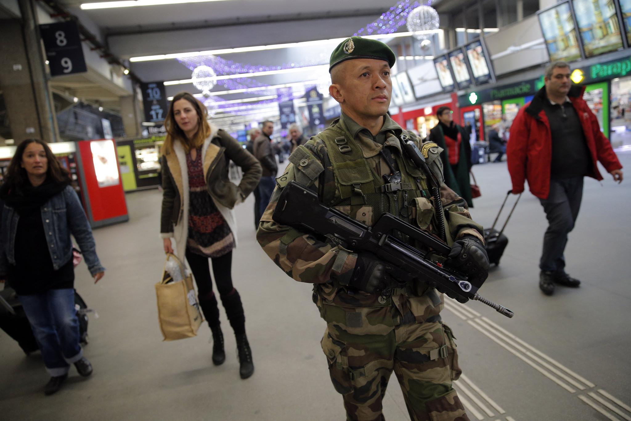 Ataque Terrorista En Francia El Sentinel
