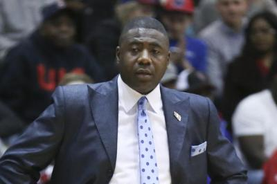 Howard Moore out as UIC basketball coach ...