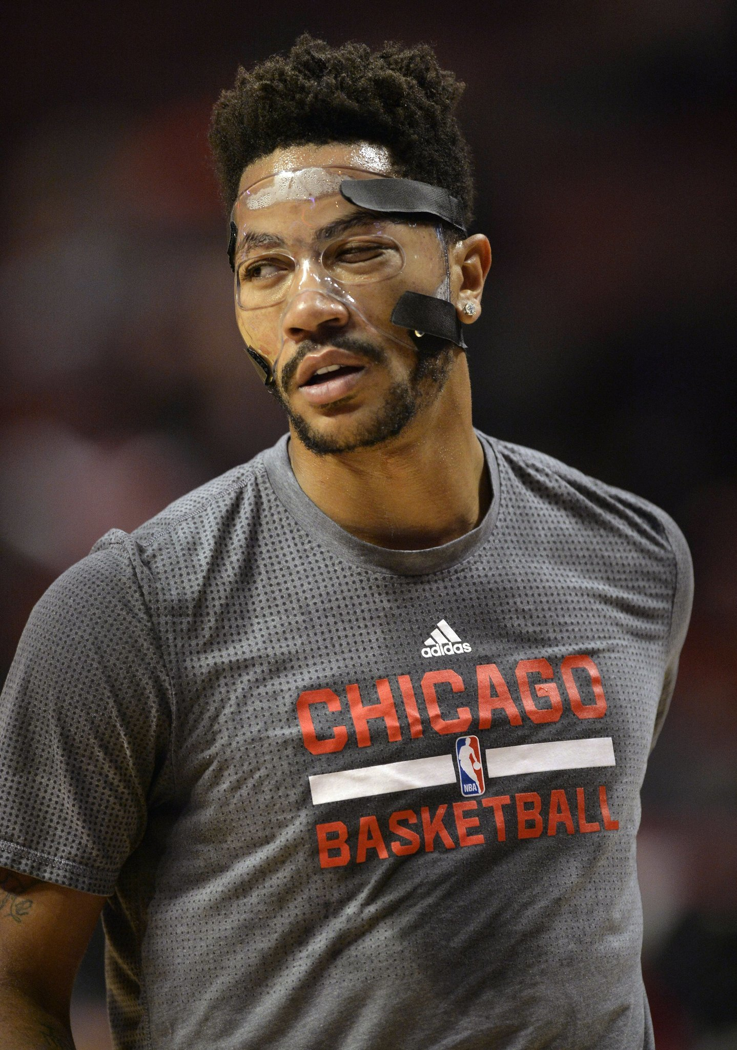 Derrick Rose Eyes Friday Appearance Opening Night Start