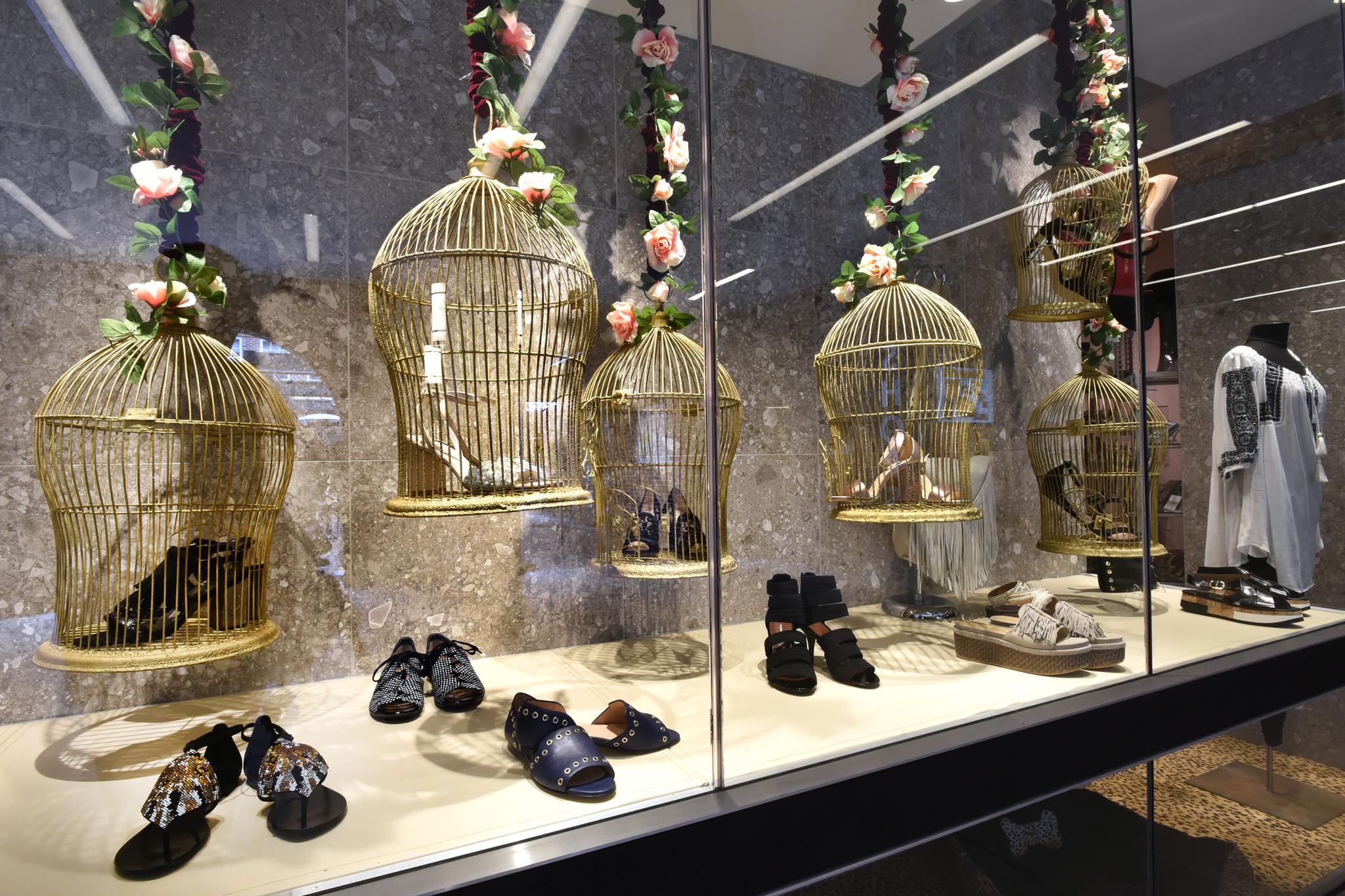 Best Window Displays Matava Shoes Baltimore Sun