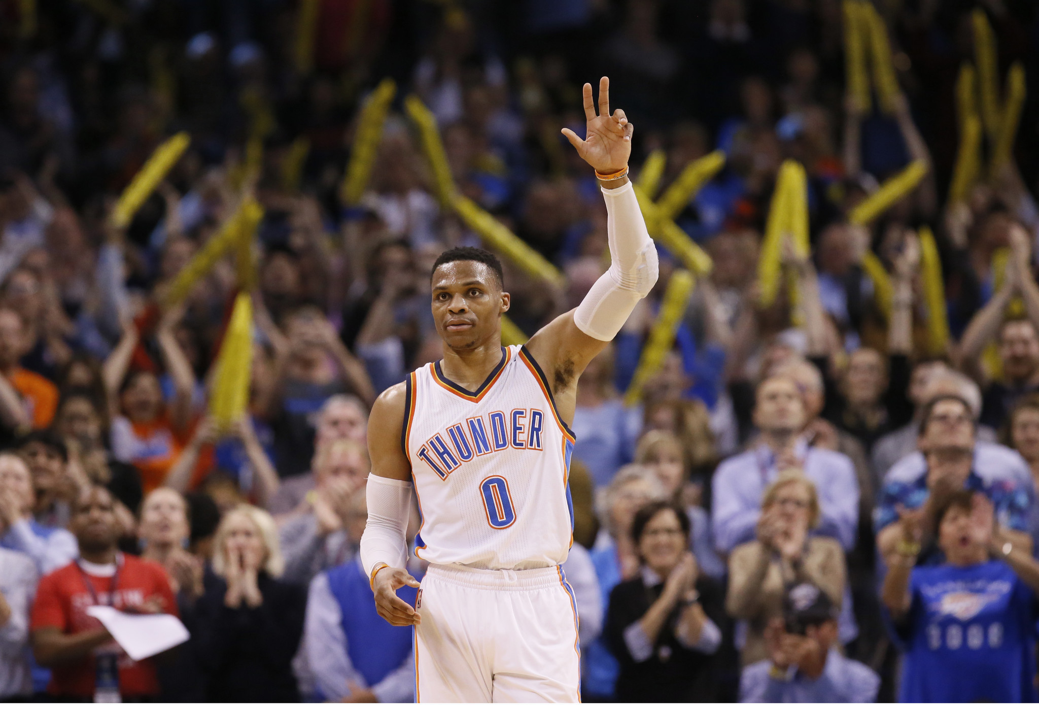 Russell Westbrook Signs 5 Year 205 Million Extension