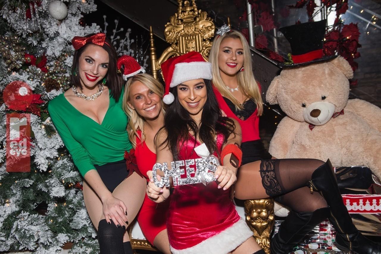 Chicago Nightlife At Frostys Christmas Bar Last Week