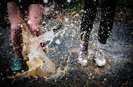 očistiti patike za trčanje od blata
