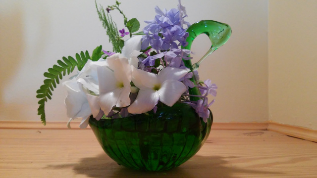 In A Vase on Monday – I'll Swanee
