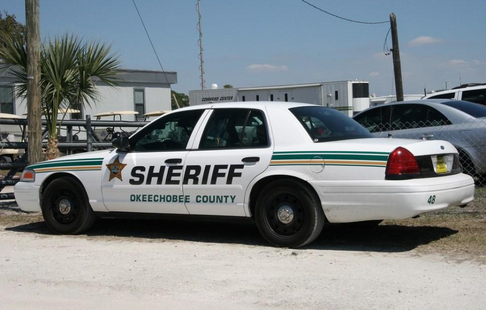 Okeechobee homeowner shoots at burglar