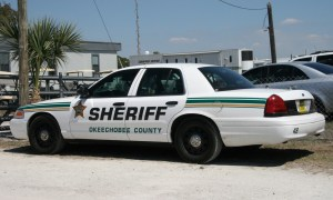 Okeechobee homeowner shoots at burglar