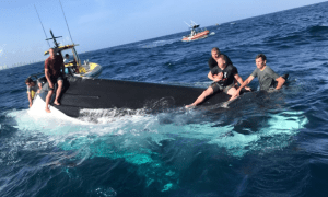 Coast Guard rescues 5 boaters 3 miles east of Lake Worth Inlet