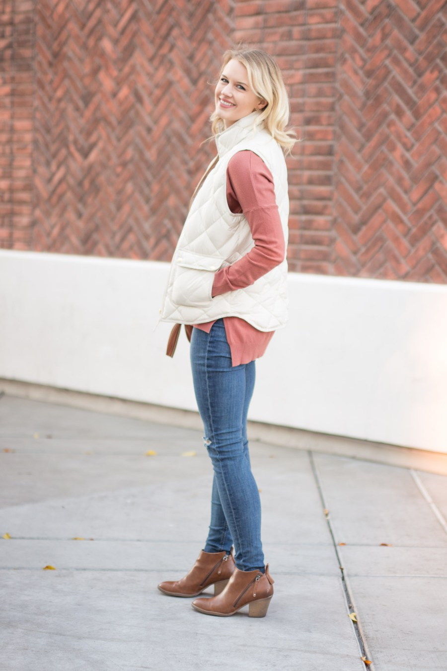 effortless winter outfit, fashion blog, Treats and Trends, J.Crew Excursion Vest