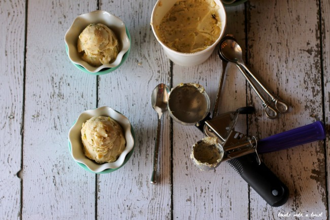 Roasted Fig White Chocolate Ice Cream (treatswithatwist.com)