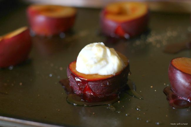 Roasted Plums with yogurt and honey 3
