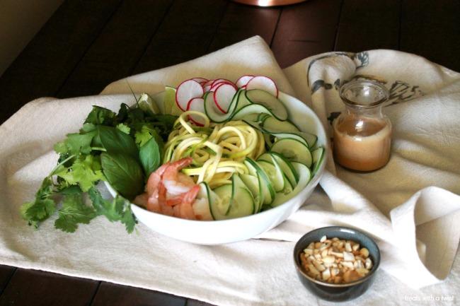 Spirilized Spring Roll Salad with Peanut Lime Dressing // treatswithatwist.com