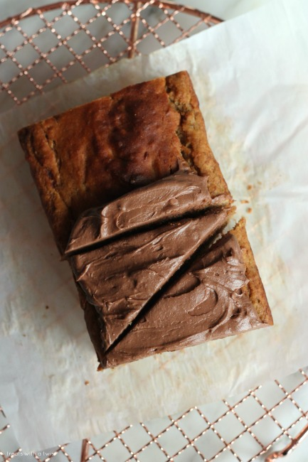 Banana Cake with Chocolate Frosting// gluten free // treatswithatwist.com