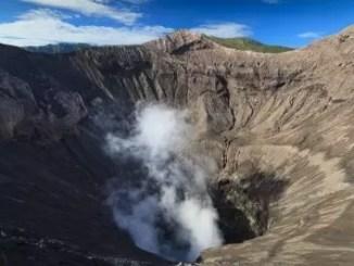 volcano by freedigitalphotos.com and suwatpo
