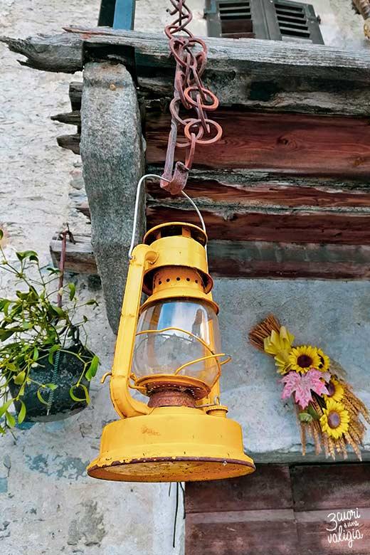 Lanterna gialla