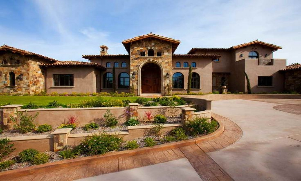 Italian Tuscan Style Home Spanish Style Homes With Courtyards Italian Style Houses