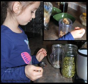Healthy Recipe For Kids To Make Independently: A banana nut snack or breakfast. Kids can also learn the nutrition or health benefits of the banana.