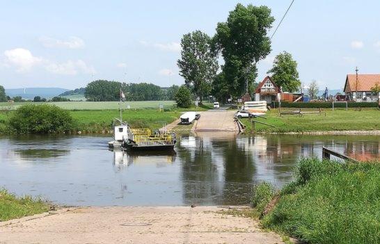 Fähre über die Weser