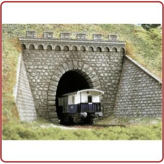 Tunnel portalen en muurplaten