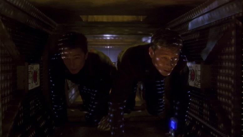 Reed e Trip invadindo a estação de reparos