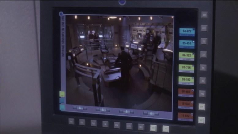 Alienígenas invasores dentro da Enterprise