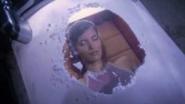 Princesa Kaitaama em câmara de suspensão animada