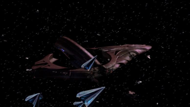 Nave Vulcana desabilitada por Tholianos