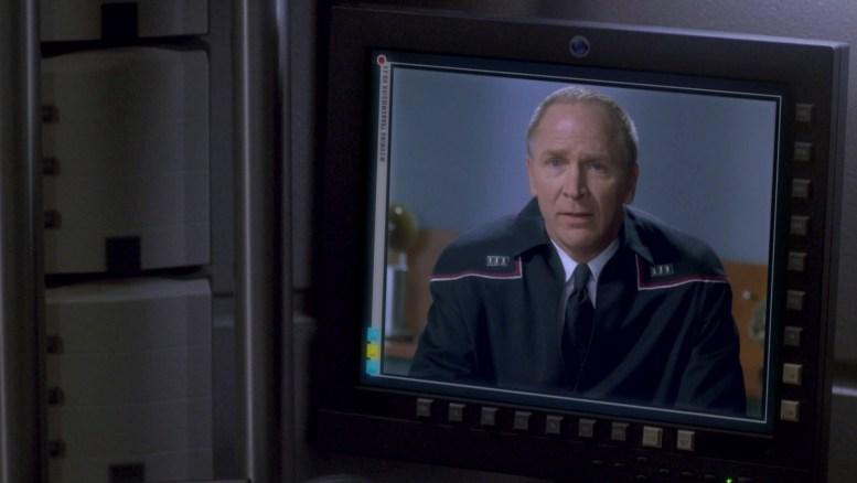 Almirante Forrest enviando Archer para mediar conflito entre Vulcanos e Andorianos