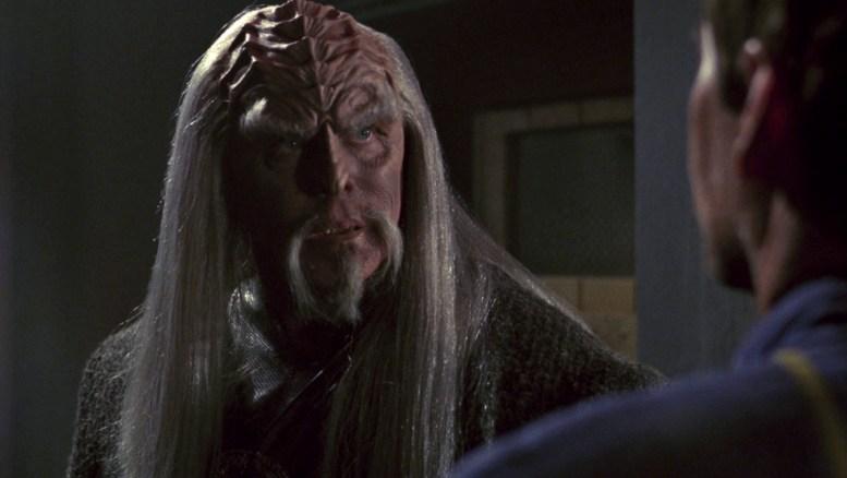 J.G. Hertzler como Kolos em Enterprise