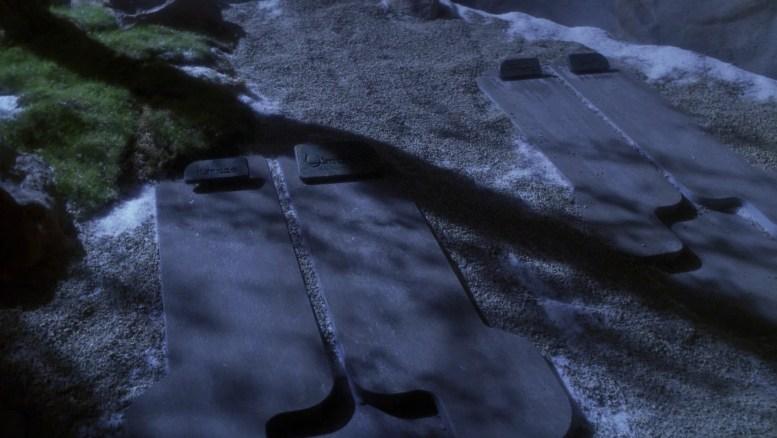 Hoshi encontra as sepulturas das esposa de Tarquin