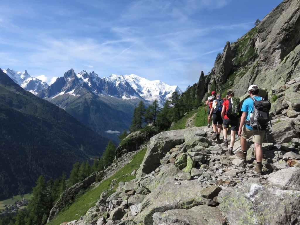 faire le tour du mont blanc à pied avec un guide de trek