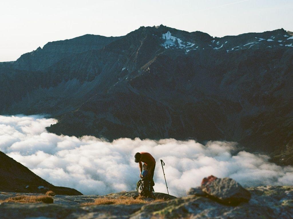 La randonnée pour se préparer pour un trek